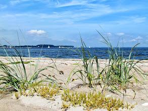 Photo: Wieder am Strand mit Blick auf das Brodtener Ufer.