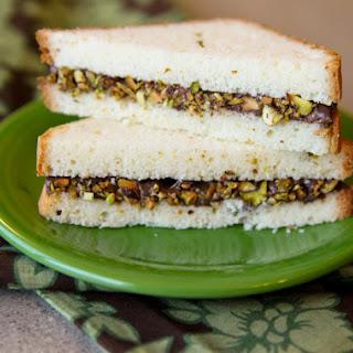 Nutella Dessert Sandwiches.