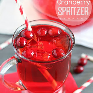 Easy Cranberry Spritzer Drink.