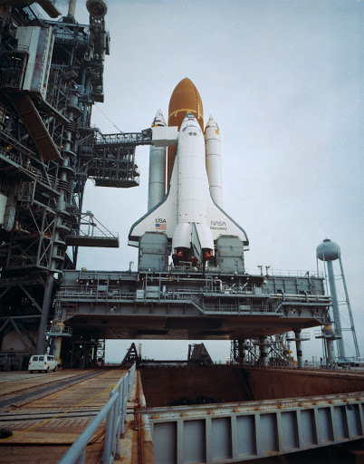 Shuttle Discovery on pad for STS 51-D mission