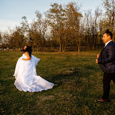 Wedding photographer Vlădu Adrian (VlăduAdrian). Photo of 14.02.2018