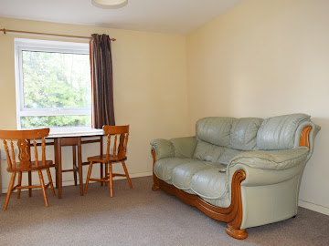 Nice 1 bedroom flat available NOW near Victoria Road