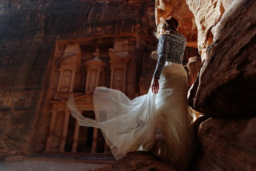 Wedding photographer Nazar Voyushin (NazarVoyushin). Photo of 26.02.2020