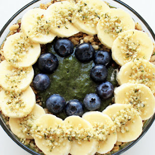 Amazing Green Açai Smoothie Bowl.