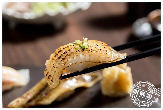 墨吉日本料理綜合握壽司比目魚側緣炙燒握壽司