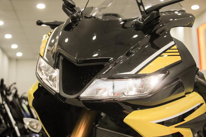Yamaha YZF-R15 mau vang racing ve Viet Nam, gia 78 trieu hinh anh 6
