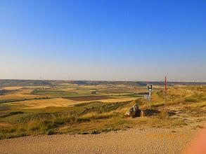 Photo: Une rude montée suivie d'une grande descente sur les plaines de la Meseta
