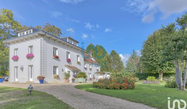 Maison avec piscine et terrasse Quincy-Voisins
