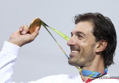 """Cancellara bewierookt na nieuwe gouden plak: """"Wat een legende"""""""