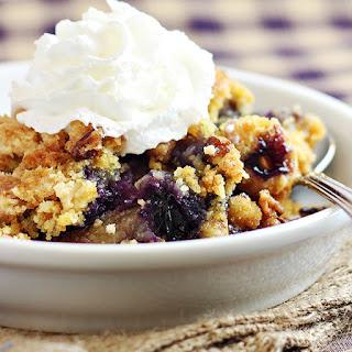 Easy Blueberry Crunch Dump Cake.