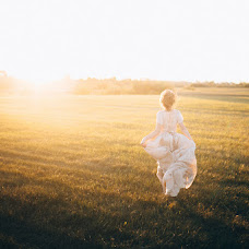 Wedding photographer Dmitriy Dobrolyubov (Dobrolubov). Photo of 07.07.2016