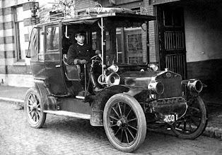 Photo: 1912 Heijlaerts begon toen al een taxibedrijf.