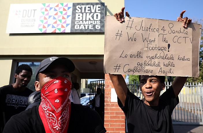 DUT sluit die kampus vir protes oor studenteveiligheid - TimesLIVE