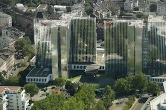 Photo: Glasfassaden des RWI