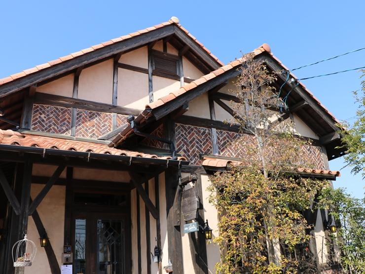 愛知県稲沢市のおしゃれカフェ サルーテは選べる無料モーニングサービスがおすすめ