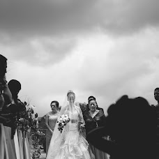 Wedding photographer Mirko Oleg (mirkooleg). Photo of 02.10.2014