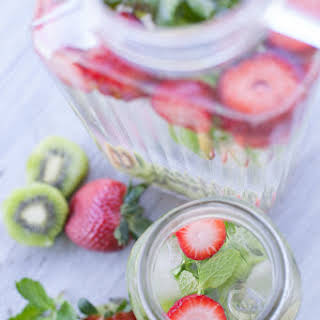 Strawberry Kiwi Water Recipe and the Health Benefits of Infused Water.