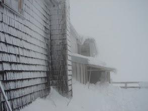 Photo: Ranek we mgle - schron Erzherzog-Johann-Hutte 3 454 m n.p.m.