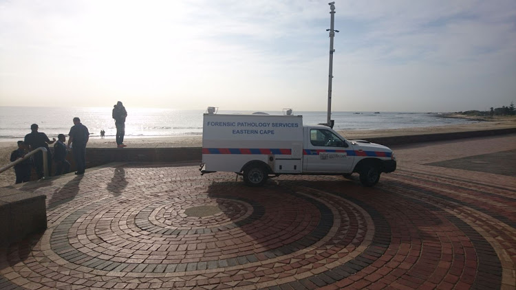 A Port Elizabeth car guard was stabbed to death while sleeping on Hobie Beach on Wednesday morning (25/04/18).