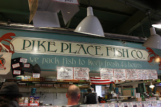 Photo: (Year 2) Day 339 - Pike Place Fish Market #2
