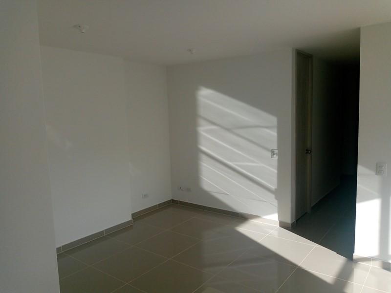 apartamento en arriendo calle larga 679-19490