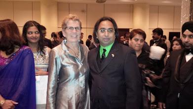 Photo: (R-L) Husain with Premeir of Ontario Kathleen Wynne  http://canadaindiaeducation.com/introduction/media-outreach