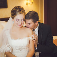 Wedding photographer Varvara Lomancova (VarvaraL). Photo of 13.04.2013