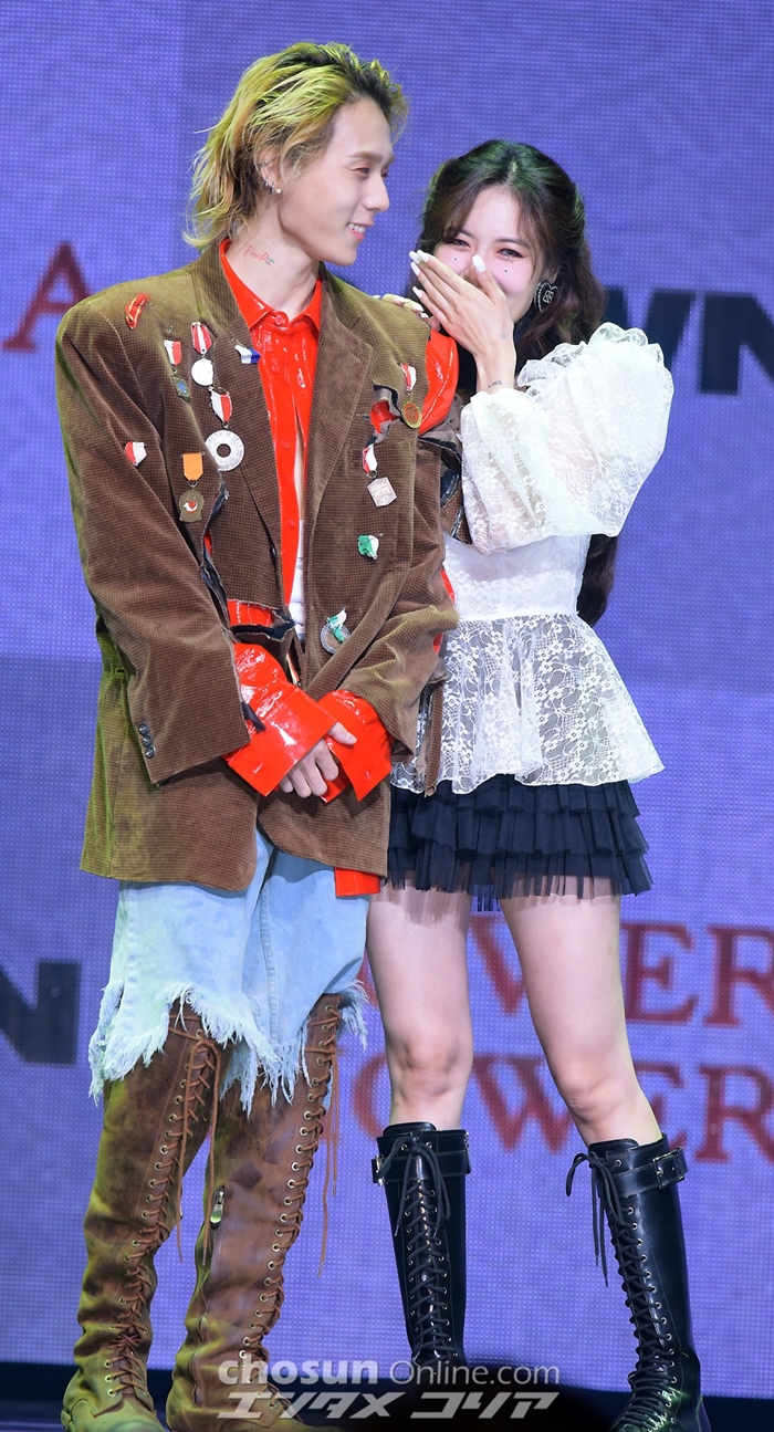 hyuna dawn couple 3