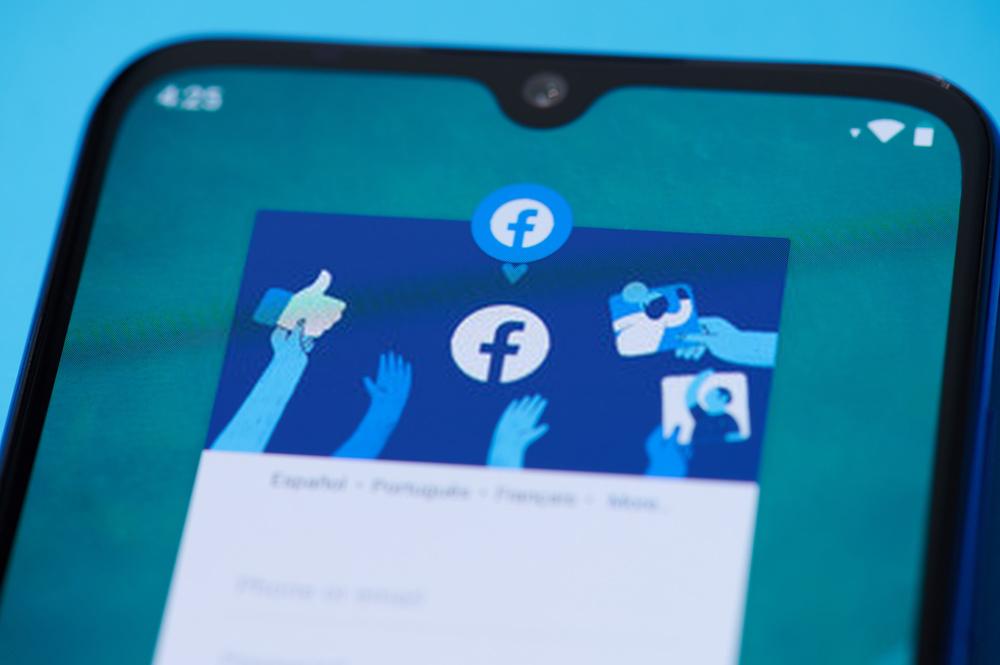 facebook-on-mobile-app