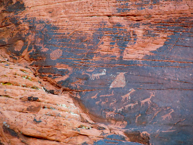 Petroglyphs near Atlatl Rock