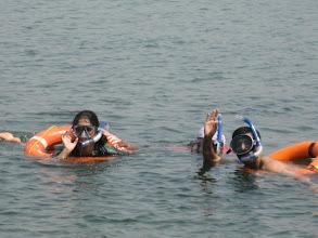 Photo: Shushma and Kishore  enjoying Snorkeling at Sindhudurg fort.