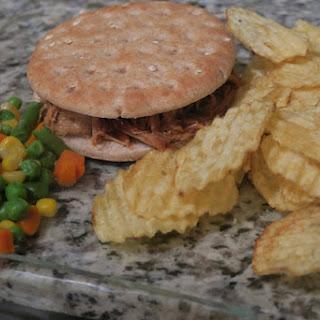 Crockpot Pulled Pork Sandwich!