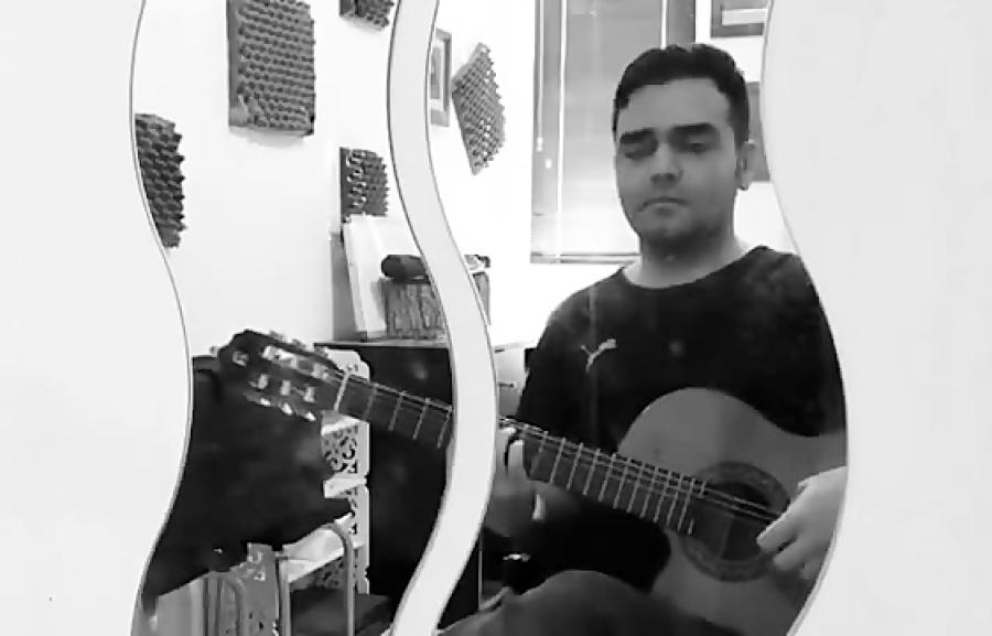 فاروكا از پاكو پنيا فرزین نیازخانی گیتار