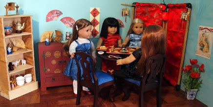 Photo: Mari, Ivy, Julie and Libby sit down for dinner.