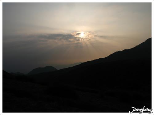 陽明山上拍到的夕陽