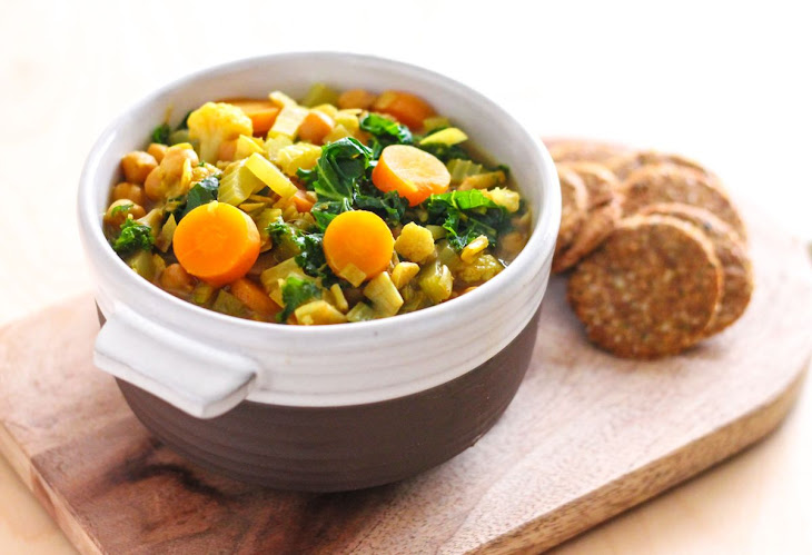 Golden Chickpea and Vegetable Soup Recipe