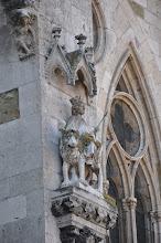 Photo: Katedrála sv. Petra (Dom St.Peter) - nalezneme zde bohatou sochařskou výzdobu. Stavbu zdobenou galeriemi, vimperky a chrliči, které jsou typické pro gotické umění.