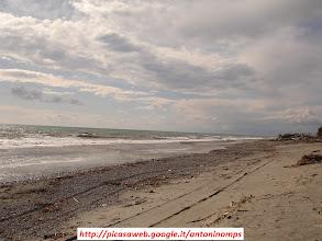 Photo: Quello che resta del lungomare di Marina di San Lorenzo