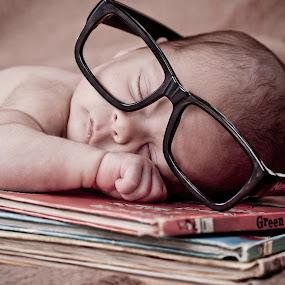 bookworm by Donovan Myburgh - Babies & Children Babies ( sister, love, brother, twins, newborn )