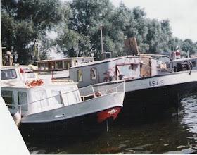Photo: 1997/1: stillgelegten Frachtensegler !den Ijzer  (*1904) gefunden in der Bucht der Engel bei HertogenBosch, Niederlande, gekauft und getauft auf den Namen ISIS