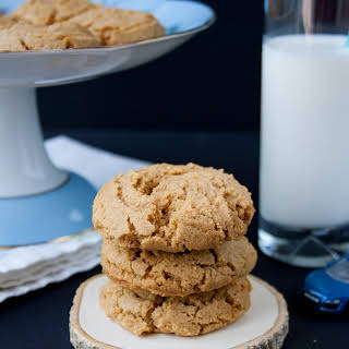 Healthy Natural Peanut Butter Cookies.