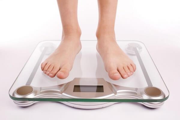 Kiểm soát trọng lượng để tránh béo phì