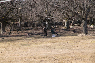 Photo: En och annan stickare tog sig en stund i gungorna....med SiV-korgen med ifall sticksuget faller på...