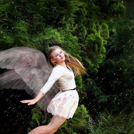 I believe I can fly by Lize Hill - Digital Art People