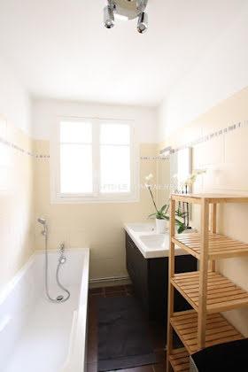 Location appartement meublé 6 pièces 109 m2