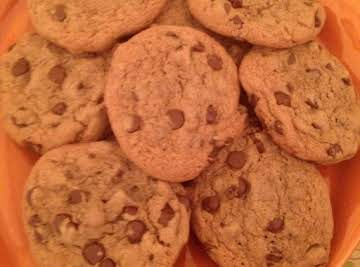 Fluffy Nutella Chocolate Chip Cookies