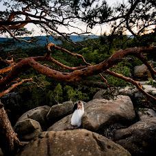Wedding photographer Andrіy Opir (bigfan). Photo of 03.10.2018