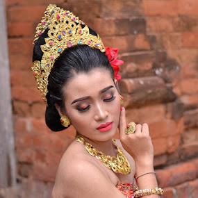 Beauty by Widia Widana - People Fashion (  )