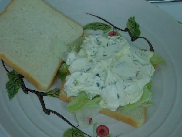 Dill Pickle Cream Cheese Sandwich