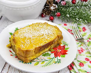 Christmas Eggnog French Toast
